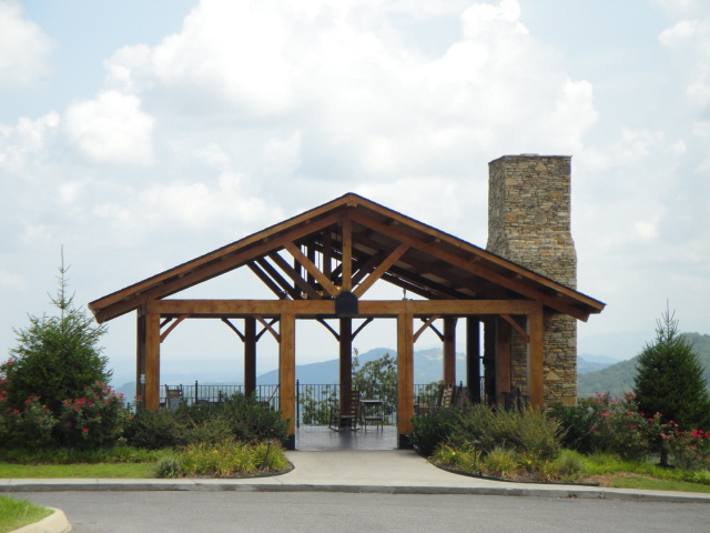 sale pigeon aboutkenny properties img homes htm sevierville gatlinburg tn cabins forge log for