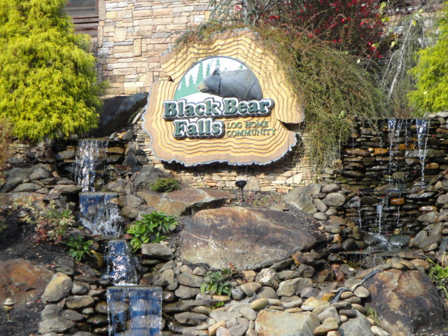 sale gatlinburg p in listings movoto homes see real estate for tn cabins on