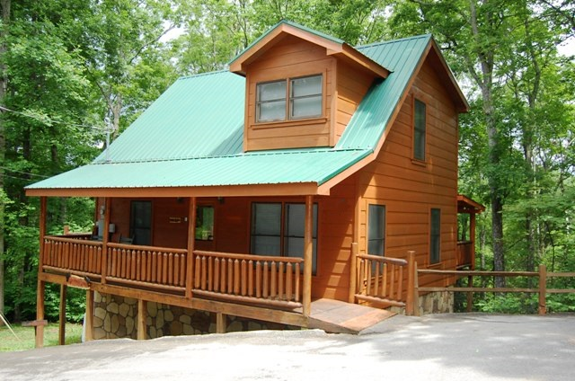 and smoky family cabins dr homes for home smokies mountain ogle the sale in log single tennessee
