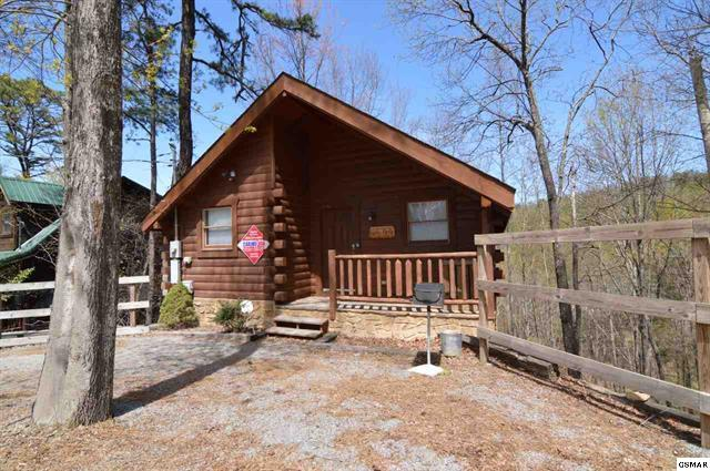 cabin beast tennessee cabins rentals rental usa photo and vacasa beauty the vacation