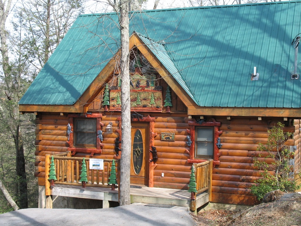 tennessee friendly smokies tn cabins in size best gatlinburg with private pet forge full for and pigeon cabin pool of rent affordable stay the to bedroom log rentals