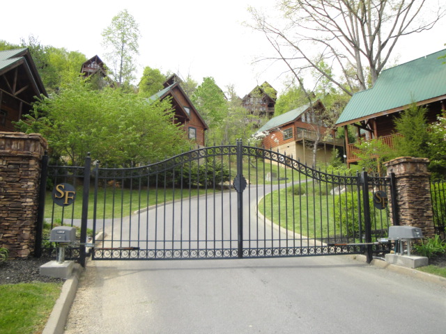 foreclosure mountain the for gatlinburg views of forge chestnut tn in week sale foreclosures pigeon short view deals cabin cabins with and